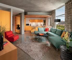 Valley-Ho-Loft-Suite